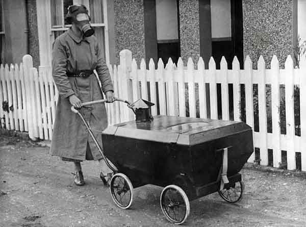 gas-resistant baby carriage